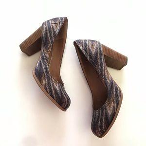 LUCKY BRAND chunky aztec printed heels